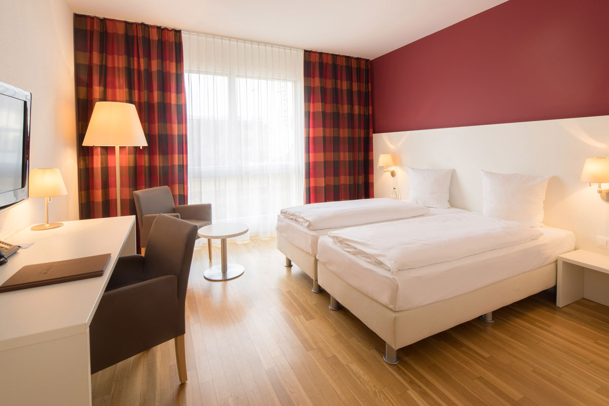 Double room with twin bed (1.80m)