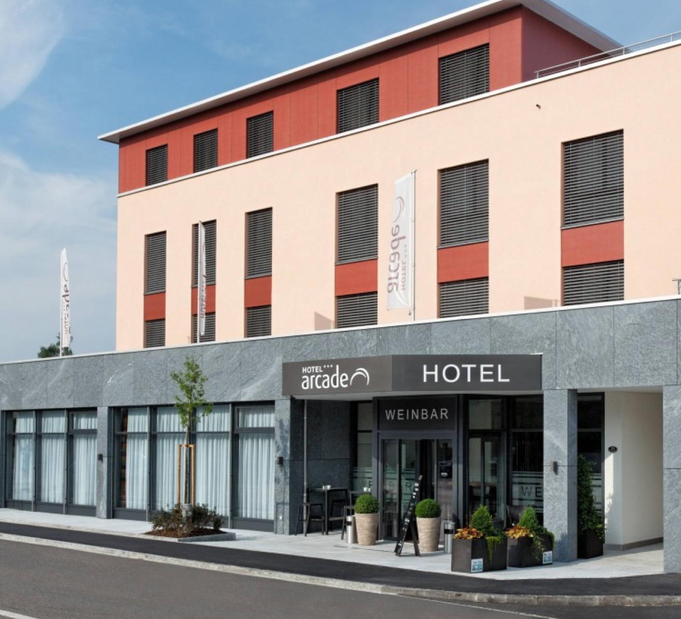 Acrade Hotel